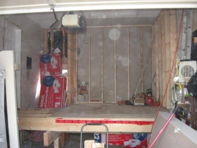 jpgBuilt floor base on a decking platform